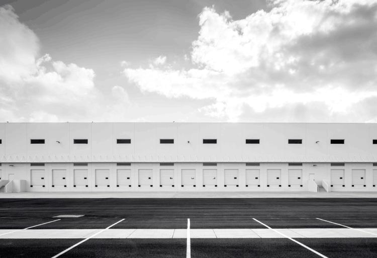 centro logístico de empresa de alimentación de distribución y logística